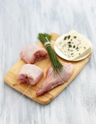 Ingredients for rabbit with Roquefort