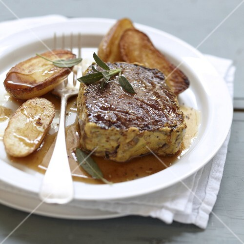 Fillet of beef marinated in mustard