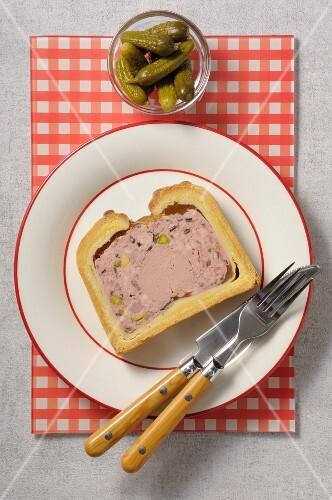 Slice of foie gras crust paté