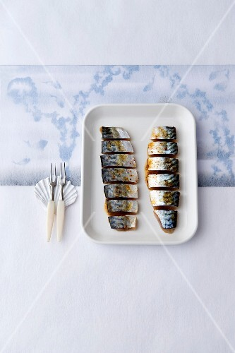 Raw mackerel marinated with spices
