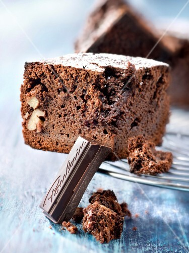Chocolate and pecan brownies