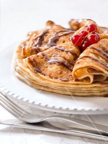 Pancakes with melted chocolate
