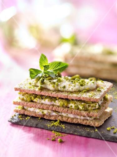 Cracottes, faisselle,honey and pistachio Mille-feuille