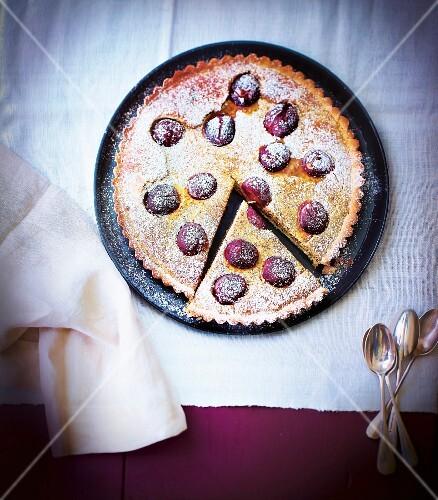 Almond and grape pie