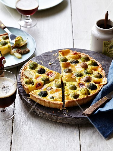 Brussels sprouts,Grenaille potato and cheese quiche