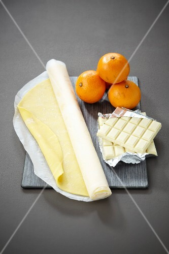 Ingredients for a confit mandarin and white chocolate pie
