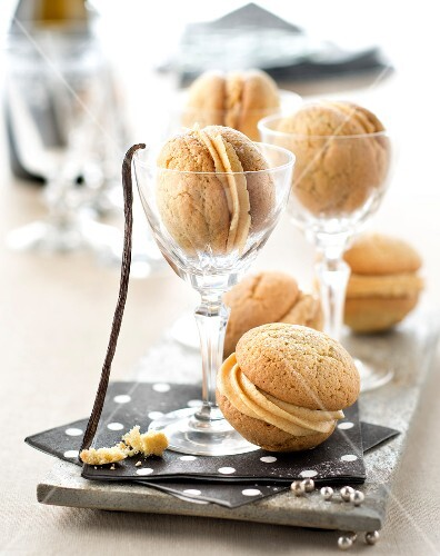Vanilla and salted butter toffee whoopies