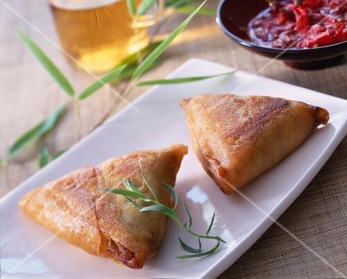 Chicken samossas