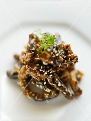 Crisp shiitake mushroon carpaccio, honey and sesame seed sauce