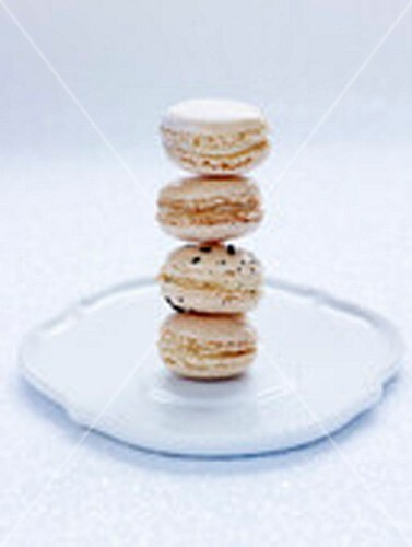 Macarons with vanilla, champagne, bergamot tea and Cognac