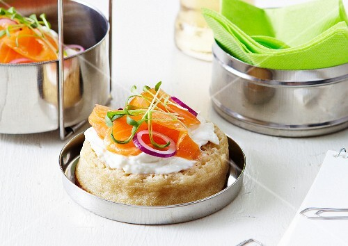 Crumpet with thick cream and smoked salmon