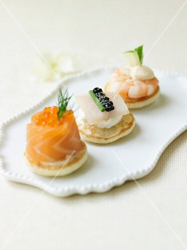 Seafood blinis