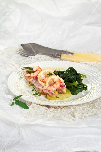 Mullet fillet with shrimps and steawed spinach