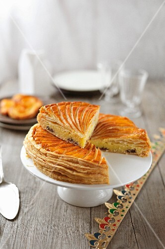 Pecan and maple syrup Galette des rois