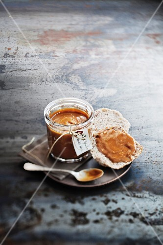 Chocolate and Speculos ginger biscuit spread