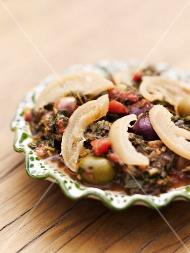 Vegetable tagine with salted lemons and olives