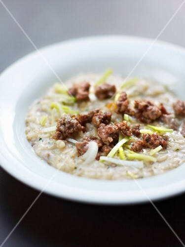 Risotto with ground beef and leeks
