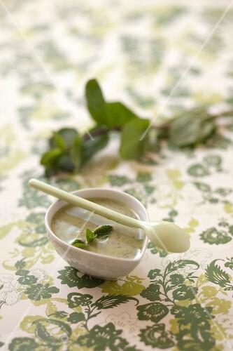 Creamy mint sauce