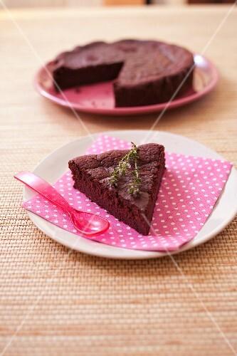 Dark chocolate and beetroot cake
