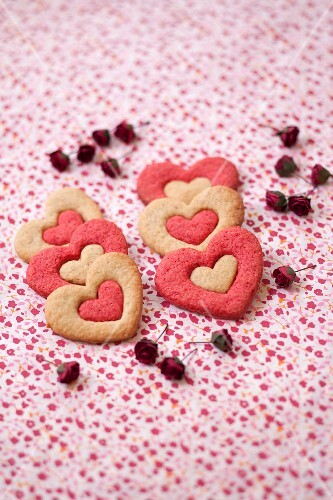 Two-colored shortbread hearts