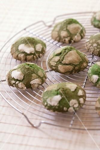 Saint-Patrick crackled cookies