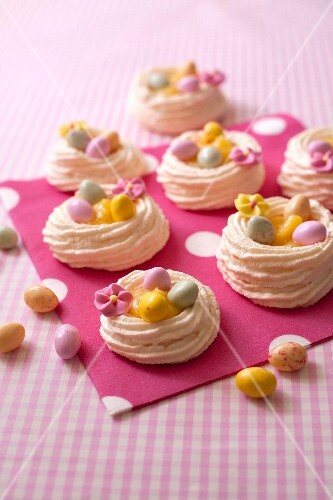 Meringue and lemon curs Easter nests