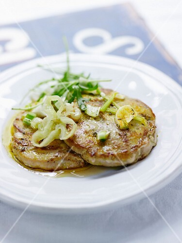Grilled tuna steaks with combava essential oil