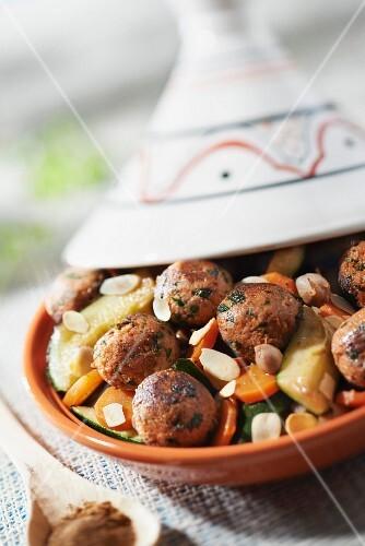 Zucchini and ground vegetable ball tajine