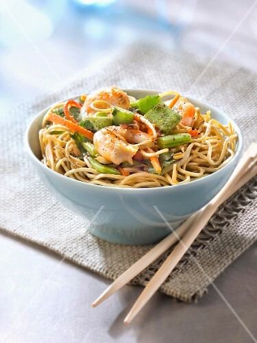 Sauteed noodles with vegetables and shrimps