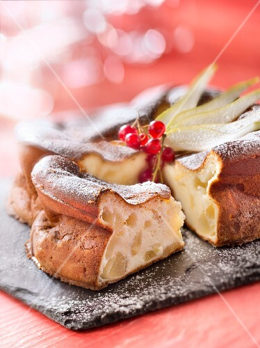 Fromage blanc and pear cake