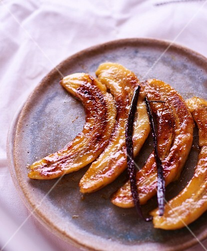 Bananas caramelized with vanilla and Rum