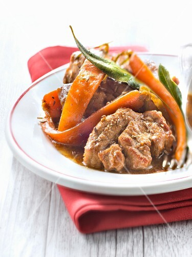 Veal rib roasts with spring carrots