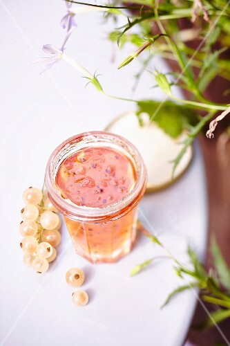White currant jelly