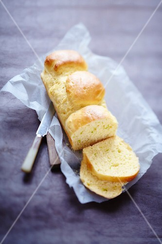 Brioche with lime zest