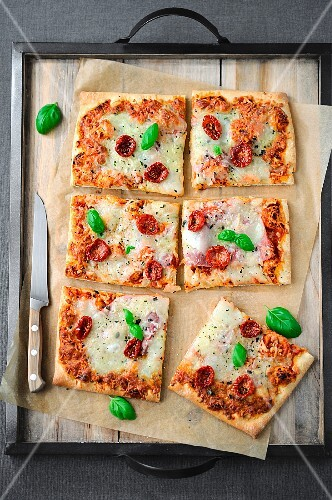 Cherry tomato,cheese and basil pizza