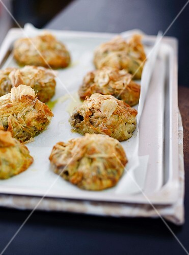 Filo pastry and vegetables appetizers