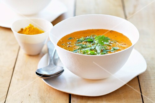Indian curry tomato soup