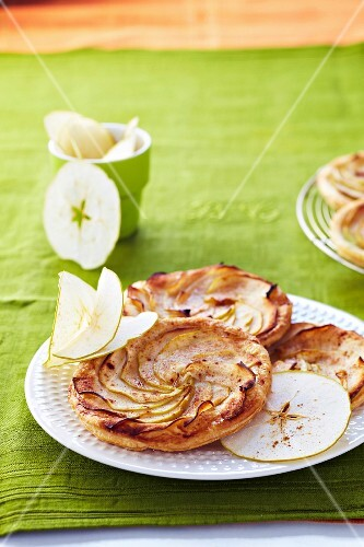 Green apple tatin tartlets