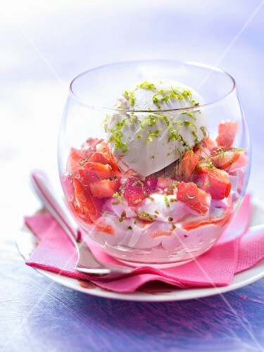 Strawberry mousse and tartare,lime Philadelphia cream cheese