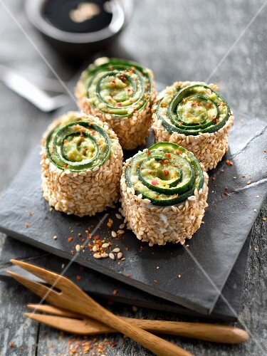Zucchini,avocado and sesame seed makis