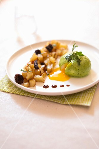 Soft-boiled egg in parsley bechamel sauce,sauteed potatoes and morels