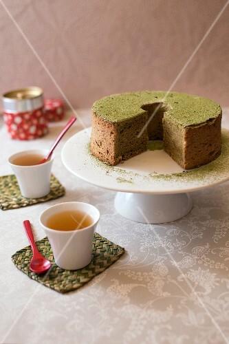 Matcha tea chiffon cake