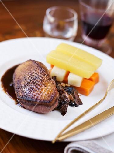 Roasted duck fillet with tender vegetables