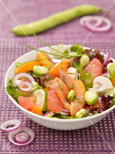 Smoked salmon, mushroom, broad bean, peach and grapefruit salad