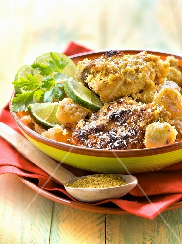 Chicken curry with bananas and coconut