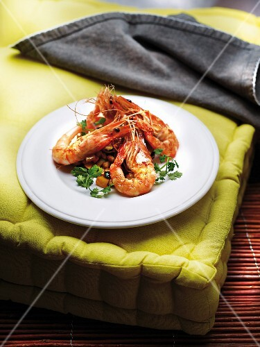 Grilled gambas with diced courgettes