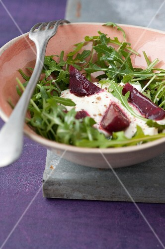 Rocket lettuce,beetroot and goat's cheese salad