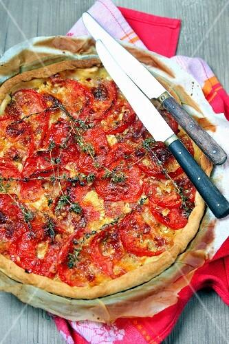 Tomato-mozzarella and thyme tart