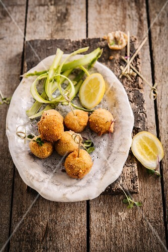 Turkey Croquettes with asparagus