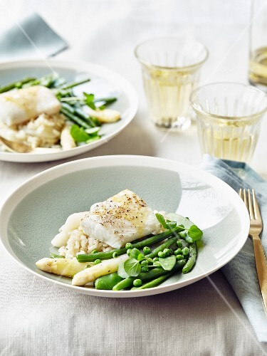 Pollock,white rice with asparagus and green vegetables